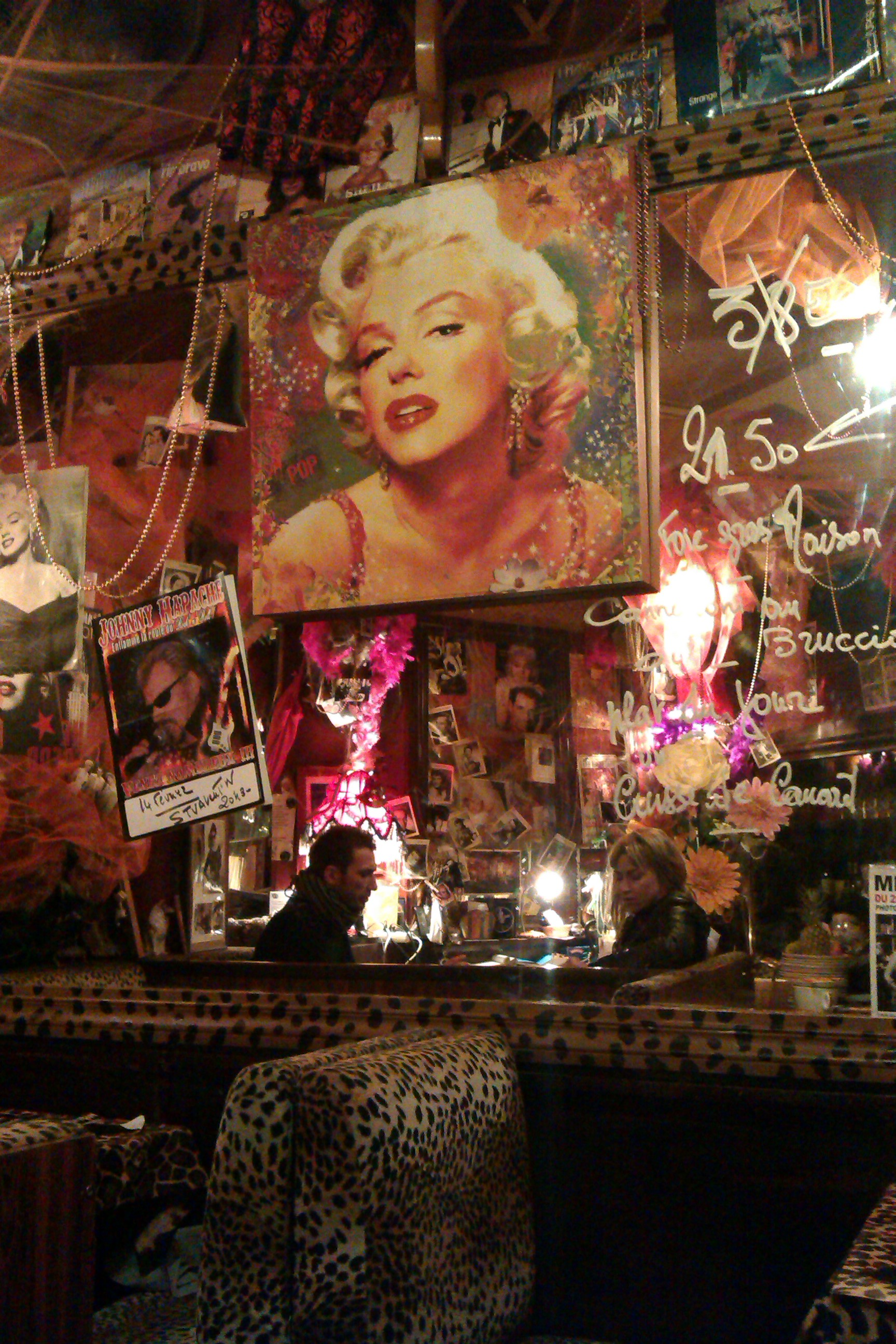 Le Temple – Kitsch your heart out!