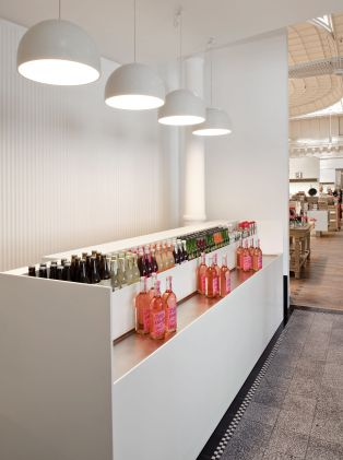 Le Bon Marche Rive Gauche Rose Bakery TEA ROOM (1)